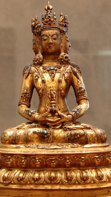 16th-17th century, Tibet, Vairocana, gilt copper alloy with stone inlay and pigment, at the Musée Guimet (Paris).