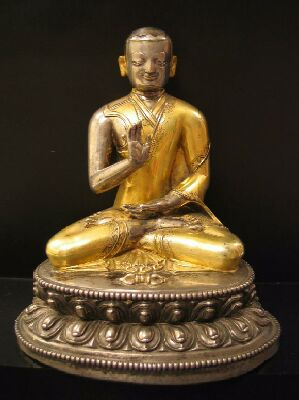 15th century, Tibet, lama, gilt metal, private collection.