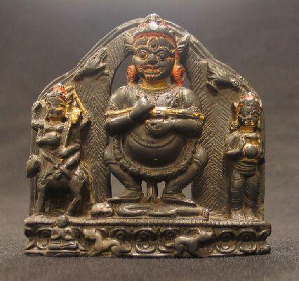 16th century, Tibet, Mahakala Panjarnata, stone and pigments, at the Rubin Museum of Art (USA).