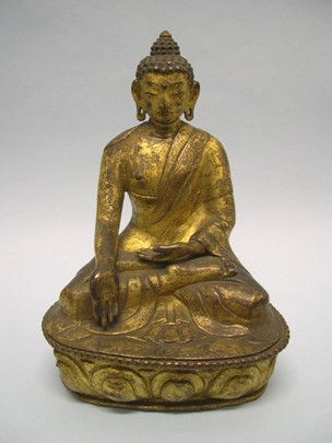 16th-17th century circa, Tibet, Shakyamuni, gilt copper alloy, at the British Museum in London (UK).