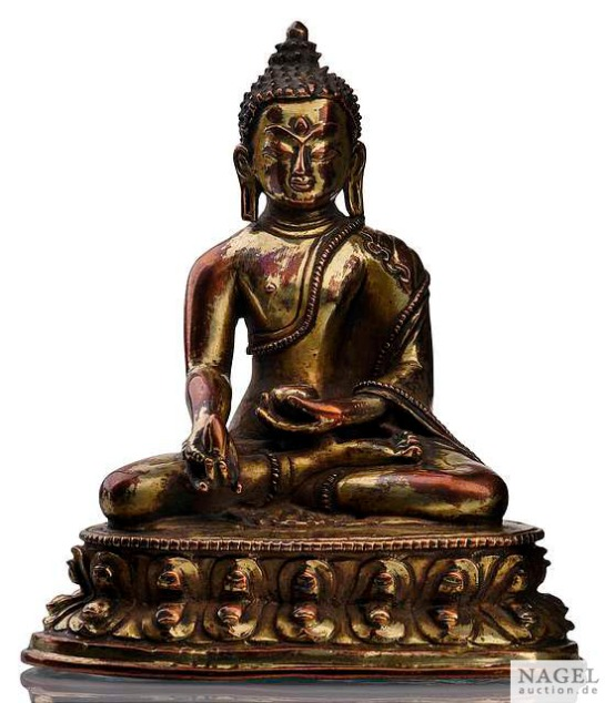 16th century, Tibet, Bhaisajyaguru, gilt copper alloy, private collection, photo by Nagel auctions.